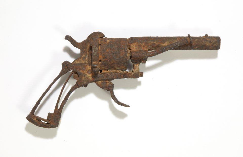 Van Gogh suicide revolver
