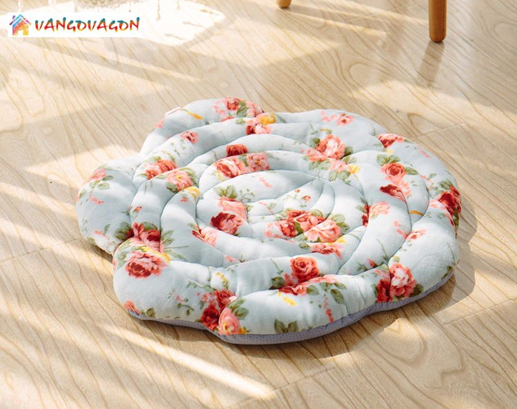 Rose Shaped Cushion Pillow
